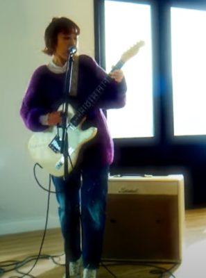 Lucie,Too Chisa Fender Telecastger
